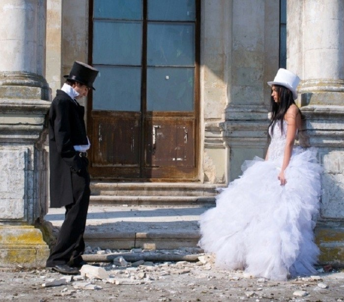 Girl in the white dress and man in the black tailcoat